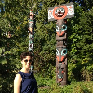 Elaine and Totem poles in Stanley Park, Vancouver
